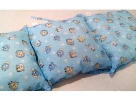 Защита в кровать из подушек
